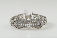 diamond-set-bracelet-605