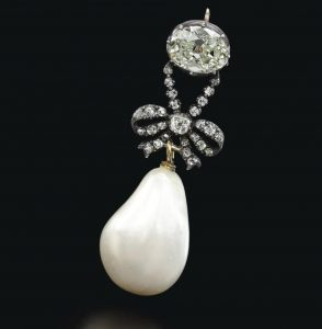 Pearl and Diamond Jewellery